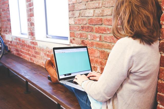 まずは、メールアドレス登録のない名前と生年月日だけの入力でできる無料占いサイトから始めましょう