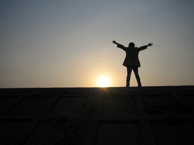 恋愛や仕事のお悩みをスッキリ解決できる!万能の占術「霊視」の占い方法とは?