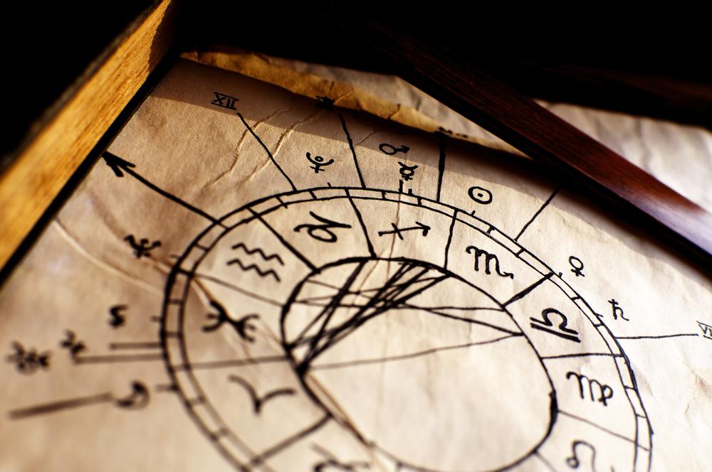 12星座ごとに性格や傾向を大解析!星占いで分かるあなたの運命と行動パターン!
