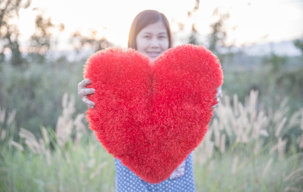 恋愛占いを行って今後の恋の行方を予想してもらうことでいろいろな対策を施す