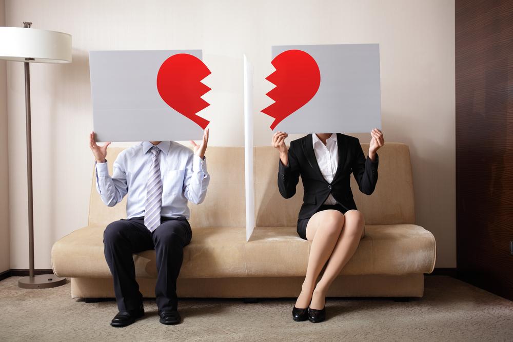 牡羊座や牡牛座の離婚危機はいつから訪れるのか?12星座別に離婚を回避する方法