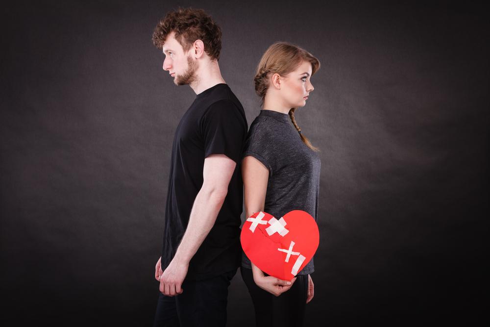 結婚生活、子育て、嫁姑バトル…きめ細かなメール占いで夫婦の悩みをまるごと解決!