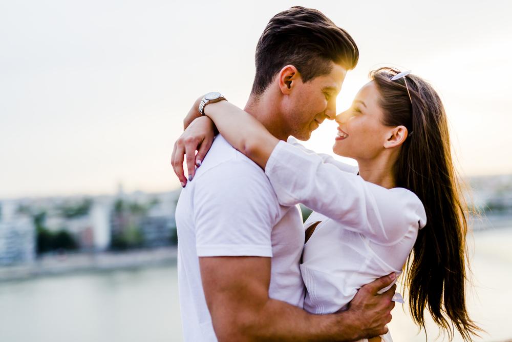 運命的な恋を成就させるために、占いサイトの恋愛占いを活用する7つの方法