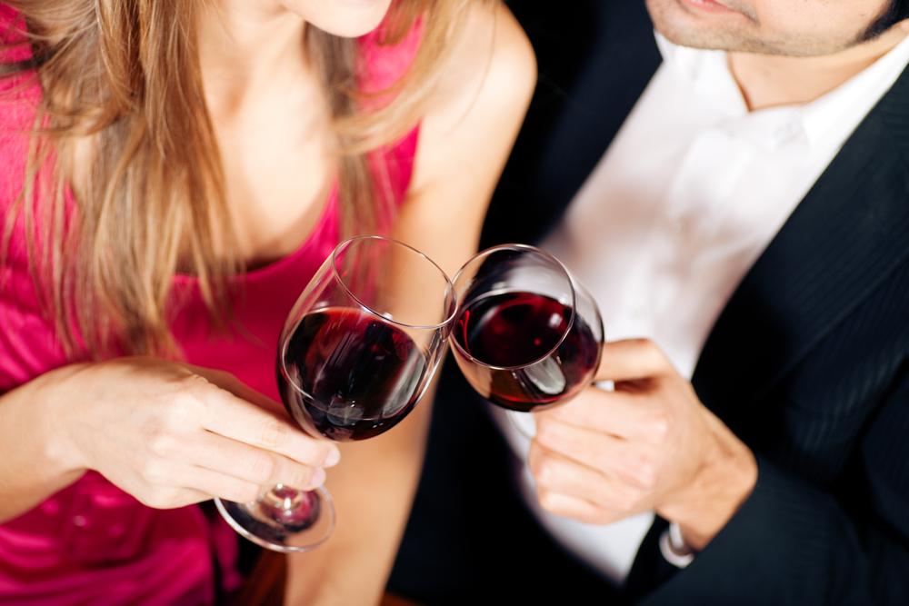 待ちに待ったボジョレーヌーヴォ解禁!ワインデートの席選びに占いを賢く利用しよう